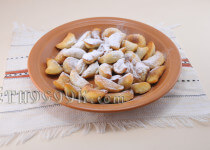 Oblyzni: traditional sweet cookies