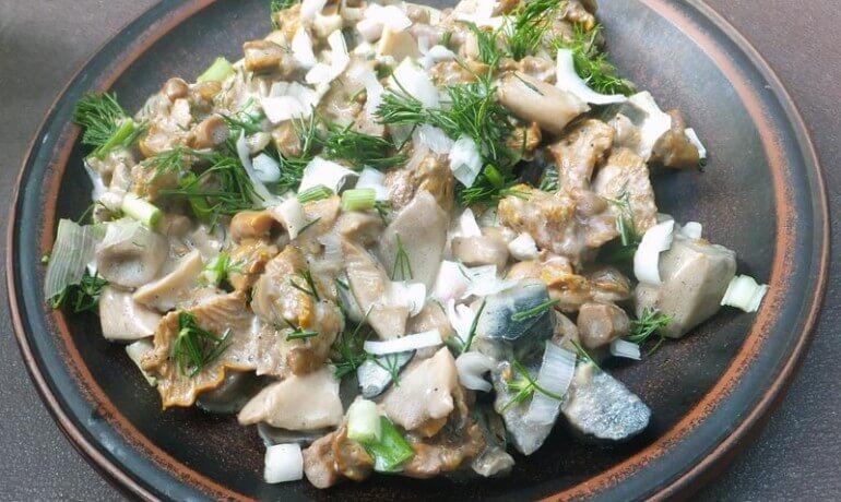 4. mushroom gravy