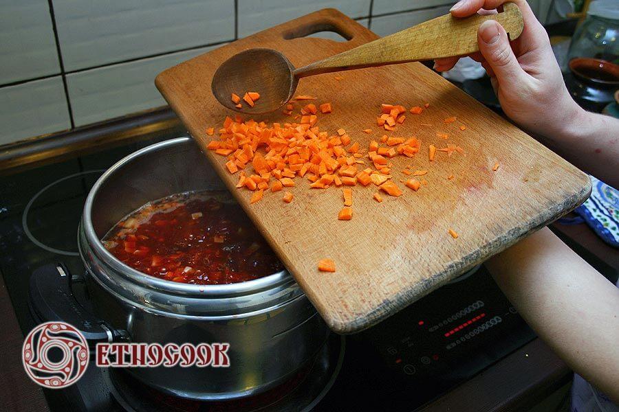 10 carrot in borshch