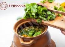 Best Traditional Green Borshch recipe (Ukrainian Sorrel Soup)
